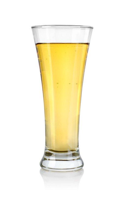 Diverticulitis Symptoms - Glass of Clear Apple Juice